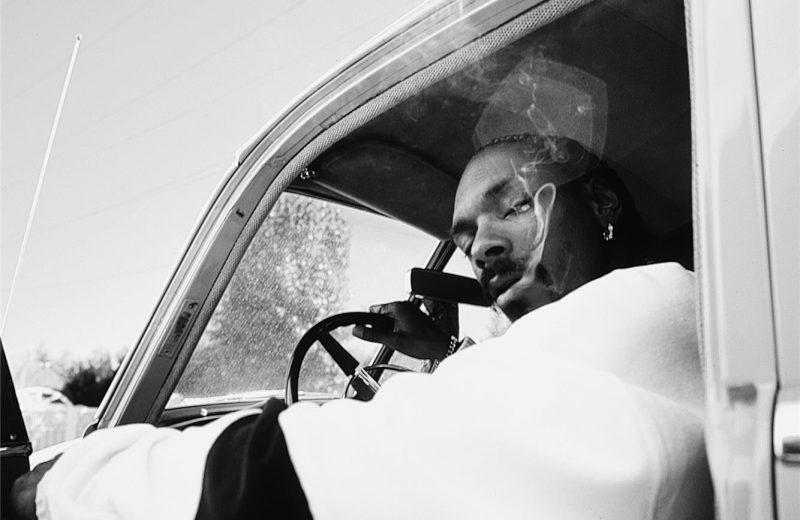 Снуп Догга задержала полиция за хранение марихуаны