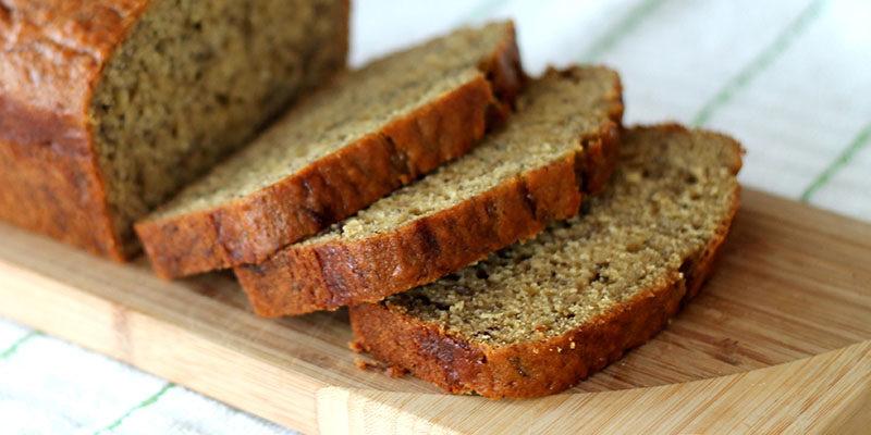Банановый хлеб с семенами конопли