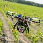 skoro-dronu-zamenyat-fermerov