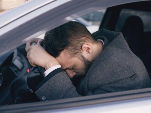 нарушение правил дорожного движения, вождение автомобиля, курение каннабиса, употребление марихуаны, водительские права, лицензия на вождение авто, тгк, в крови, водитель и марихуана, наркотики, воздействие наркотиков, германия, лейпциг,