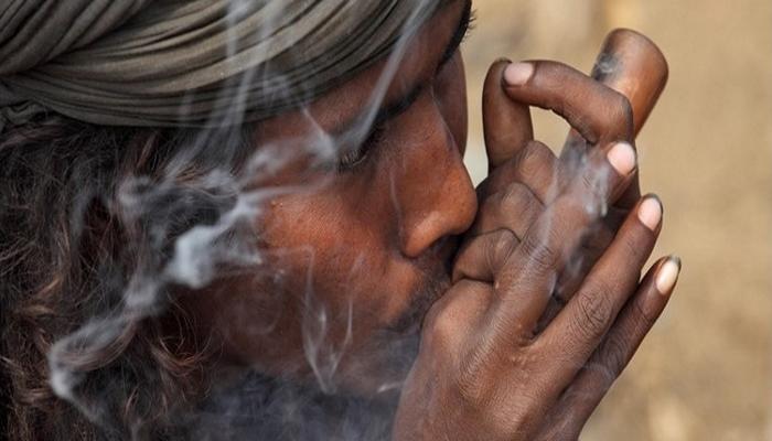 курительные приборы, трубка для курения, индийская трубка, курение марихуаны, употребление каннабиса, конопля, чиллум, chillum, травка, традиции курения